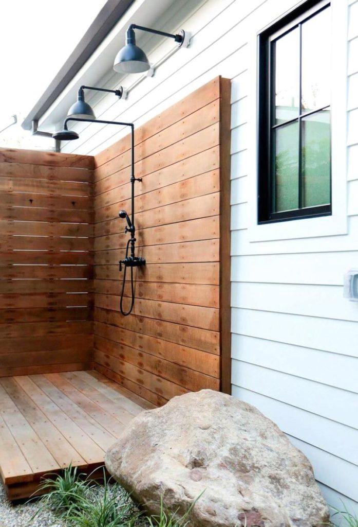 душ пристроенный к дому