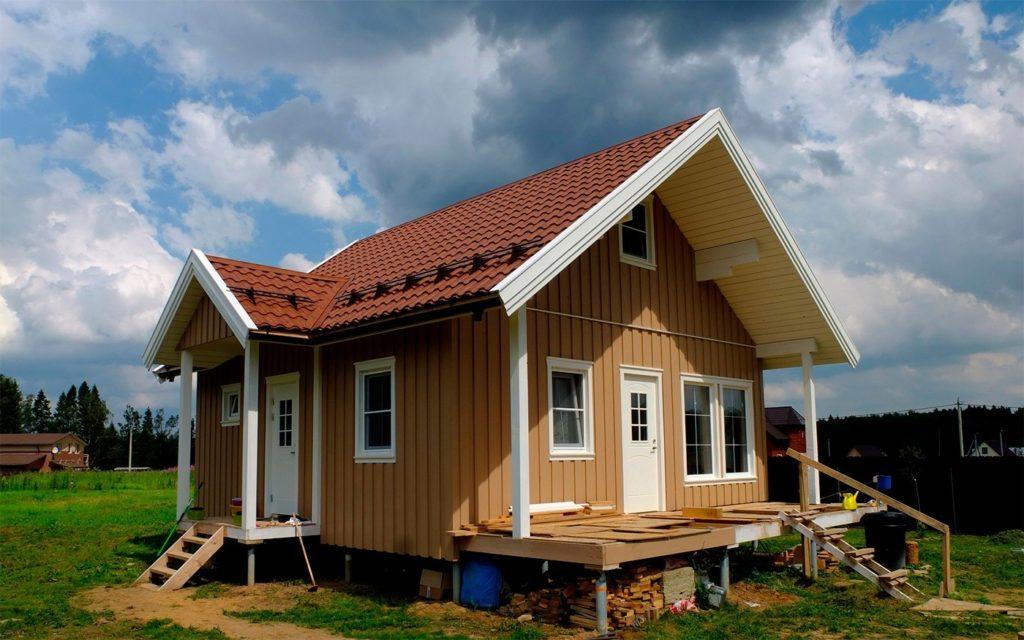фото каркасного дома в поле