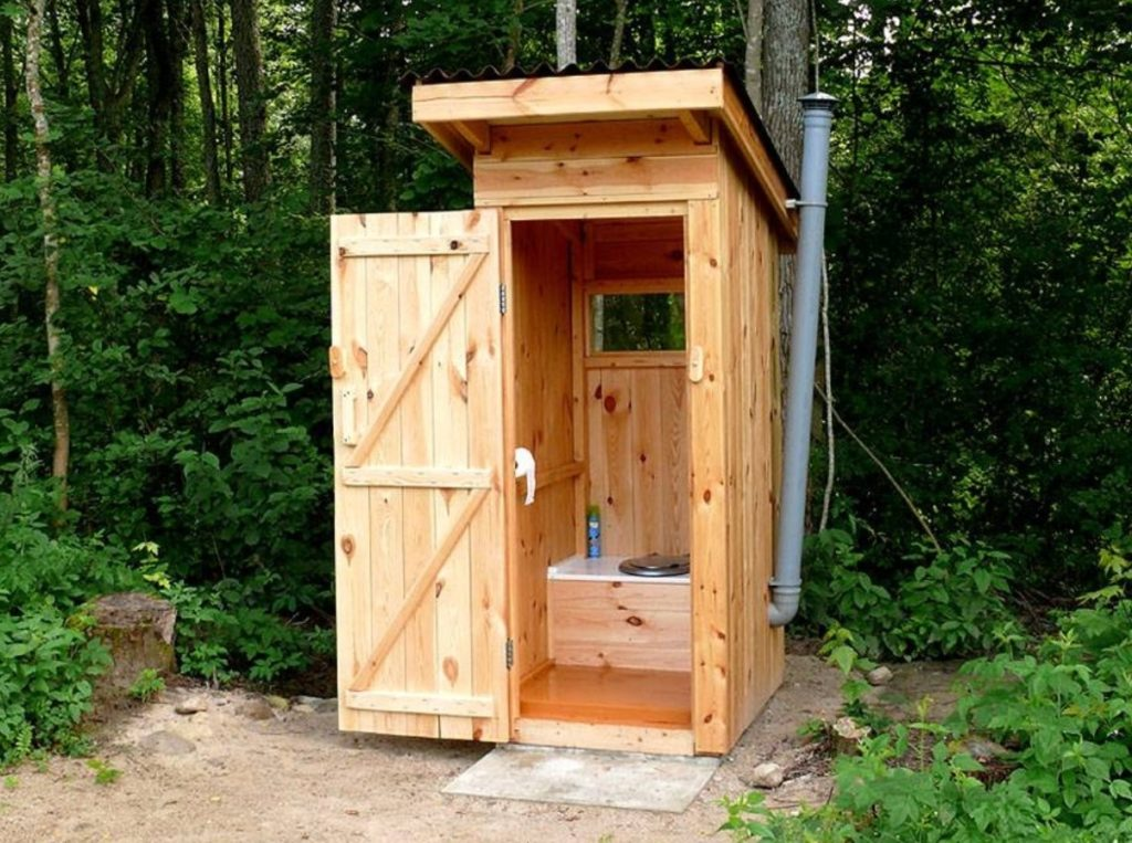 туалет с вытяжкой