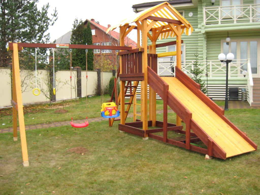 детская площадка своими руками во дворе